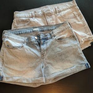 Shorts old Navy one gray denim one blue denim